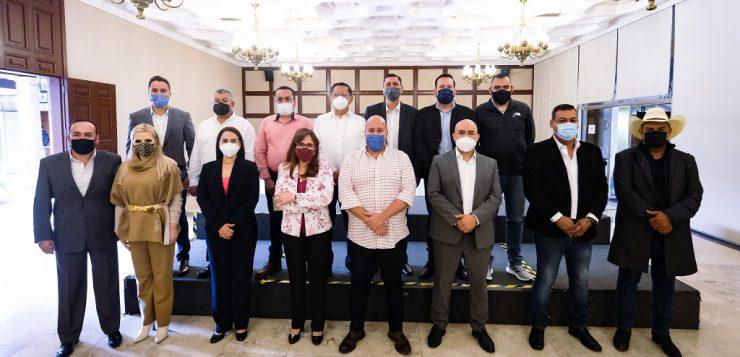 Se reúne Alfaro con alcaldes electos de Morena