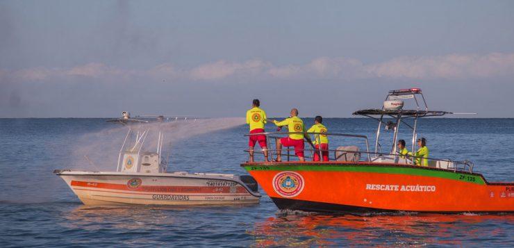 Lancha rápida y más equipo al Cuerpo de Guardavidas del puerto